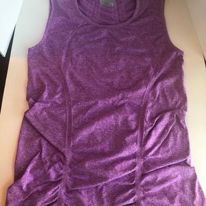 Violet Athleta workout shirt 🏋️♀️